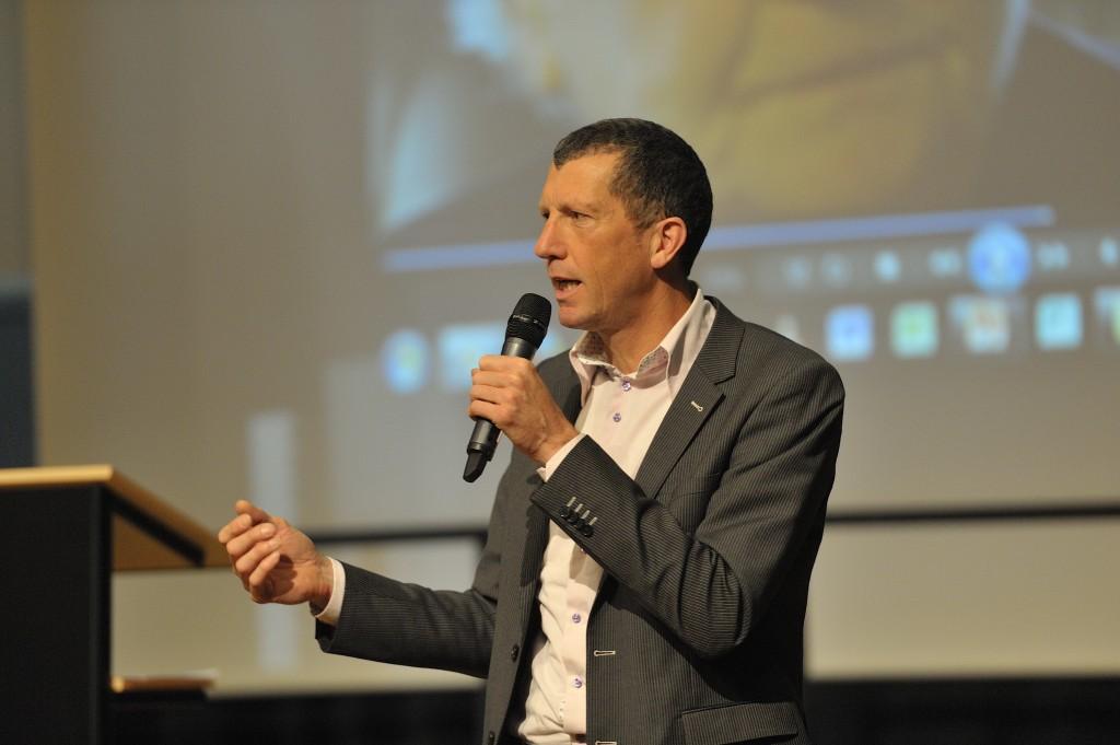Johan Melse moderator tegendenker